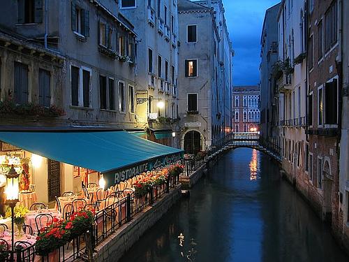 Vuelos Venecia: visita nuestra sección Restaurantes de Venecia, donde encontraras restaurantes y cafés con encanto como este.